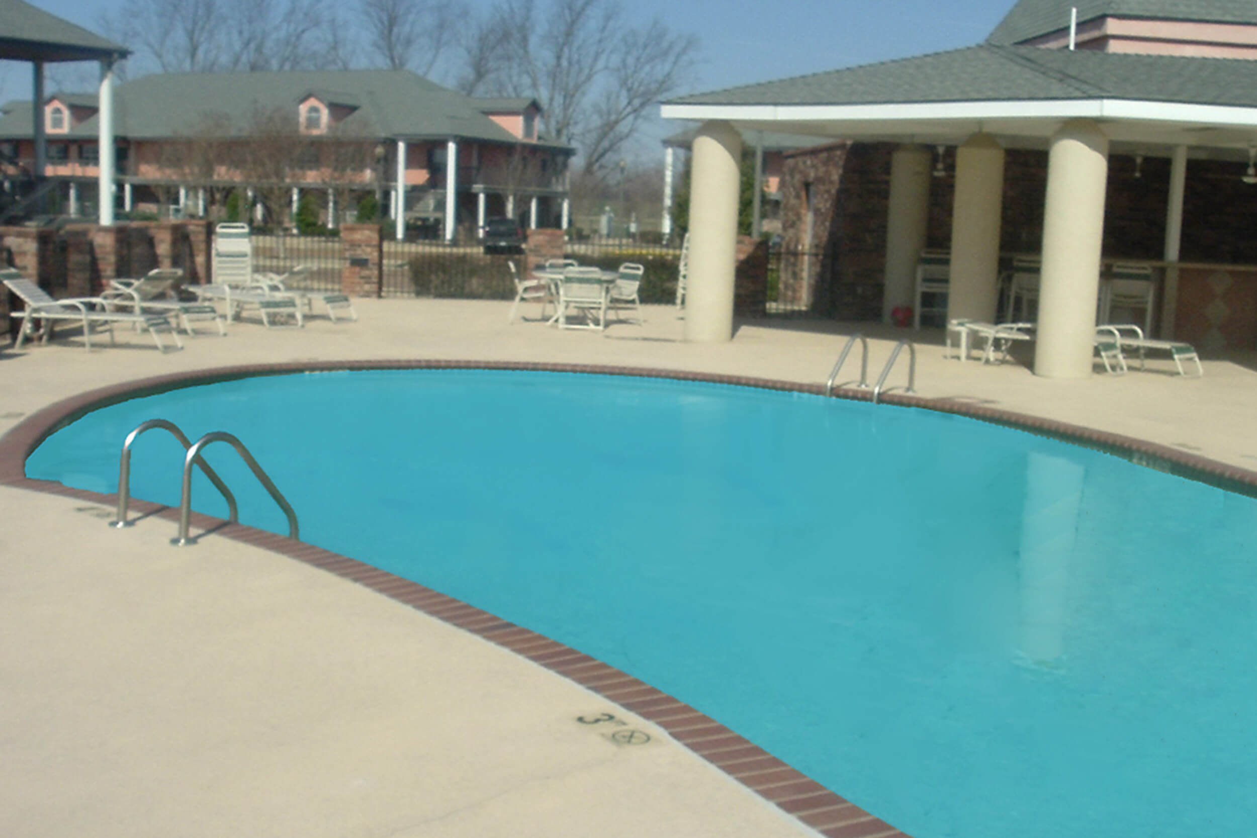 Guests enjoy access to an outdoor swimming pool and hot tub at Westgate Tunica Resort