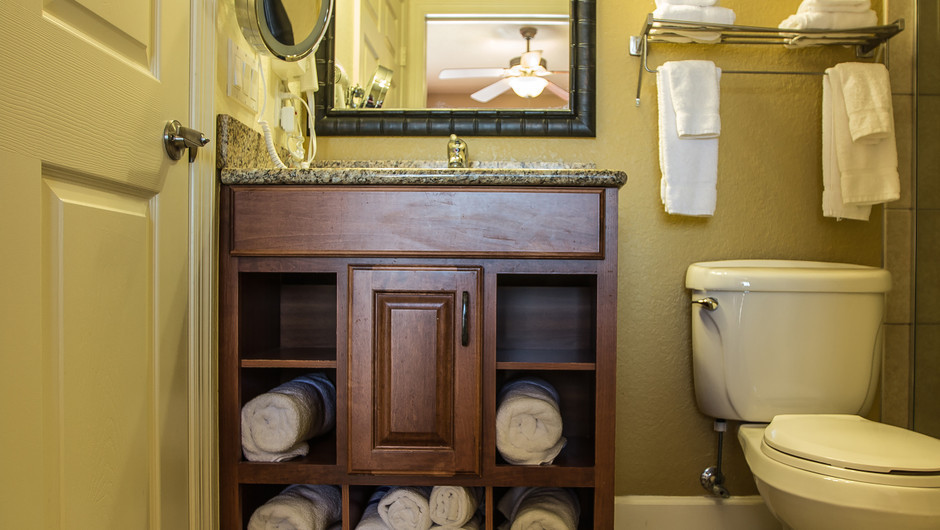 Studio Villa   Bathroom   Westgate Lakes Resort & Spa   Orlando, FL   Westgate Resorts