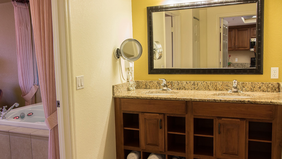 One-Bedroom Deluxe Villa in Orlando, FL | Westgate Lakes Resort & Spa | Westgate Resorts