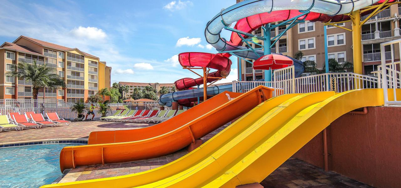Slides at Orlando hotels with water parks | Water park resorts in Florida - Ship Wreck Island Water Park | Westgate Villas Resort & Spa