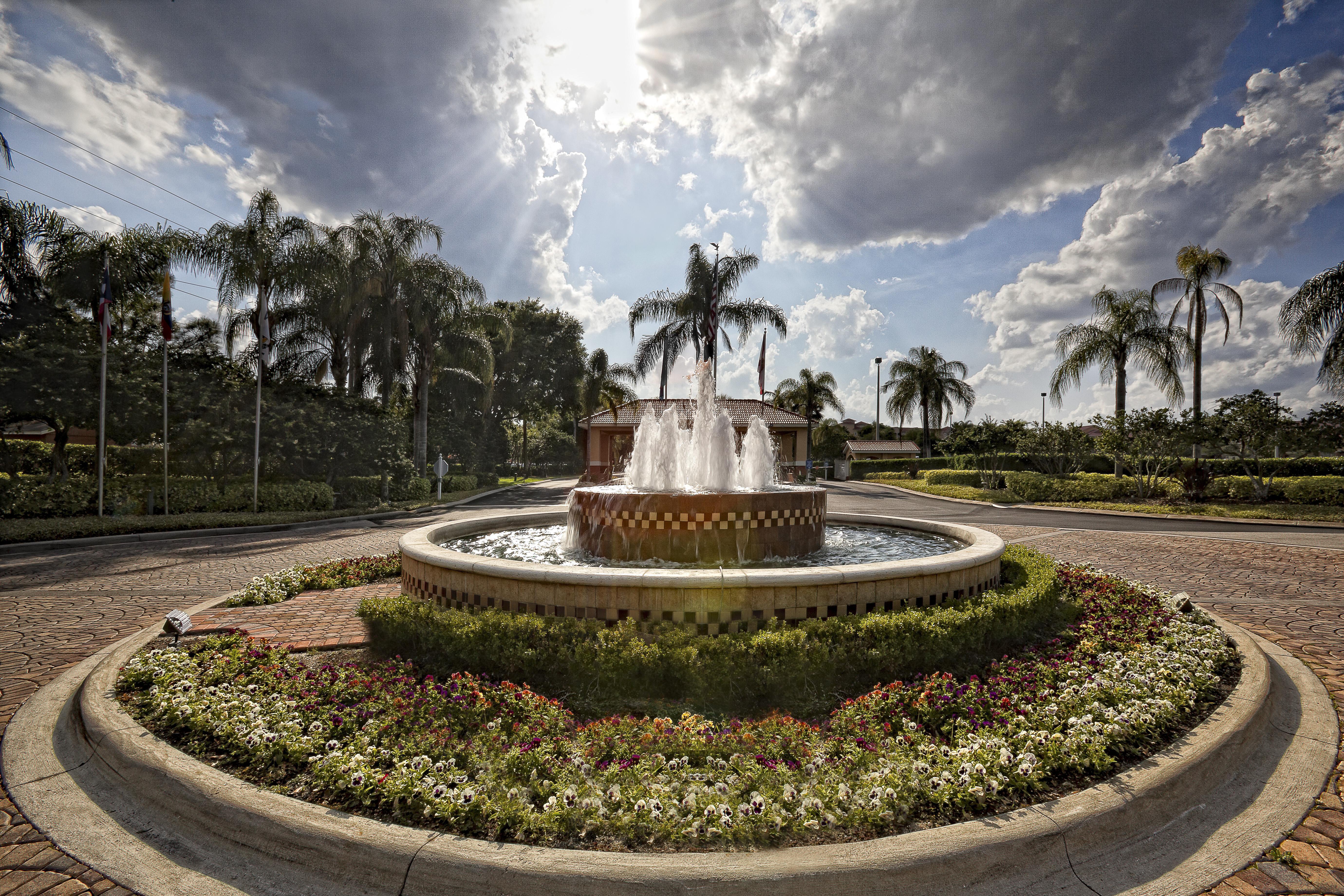 Fountain at the Westgate Town Center Resort & Spa | Orlando, FL Resorts | Westgate Resorts