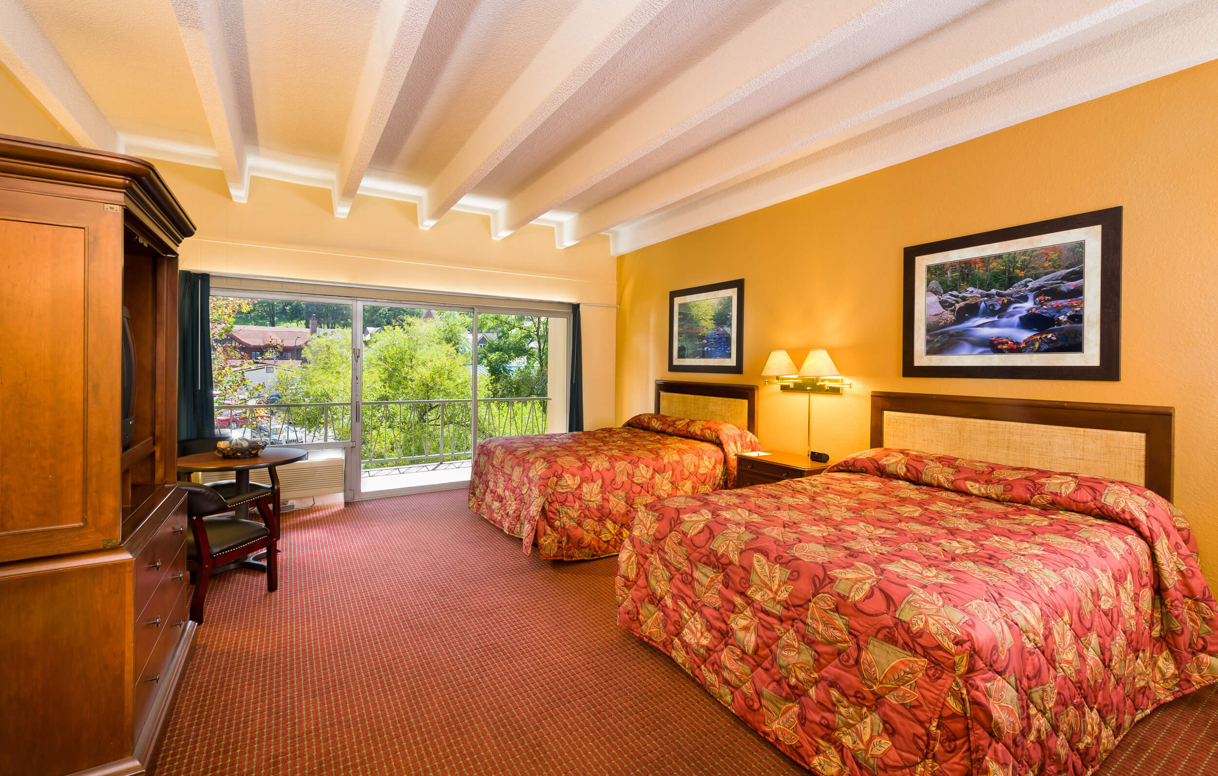 River View Queen Room sleeps up to four guests at our hotels near Gatlinburg Convention Center | River Terrace Resort & Convention Center
