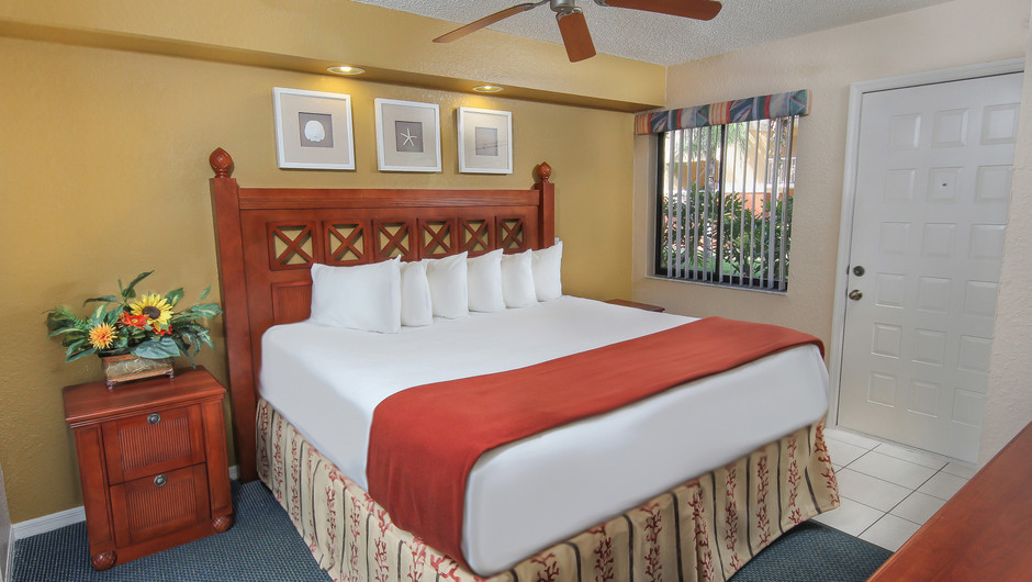 One-Bedroom Villa Dining and Kitchen Area | Westgate Vacation Villas Resort & Spa | Orlando, FL | Westgate Resorts