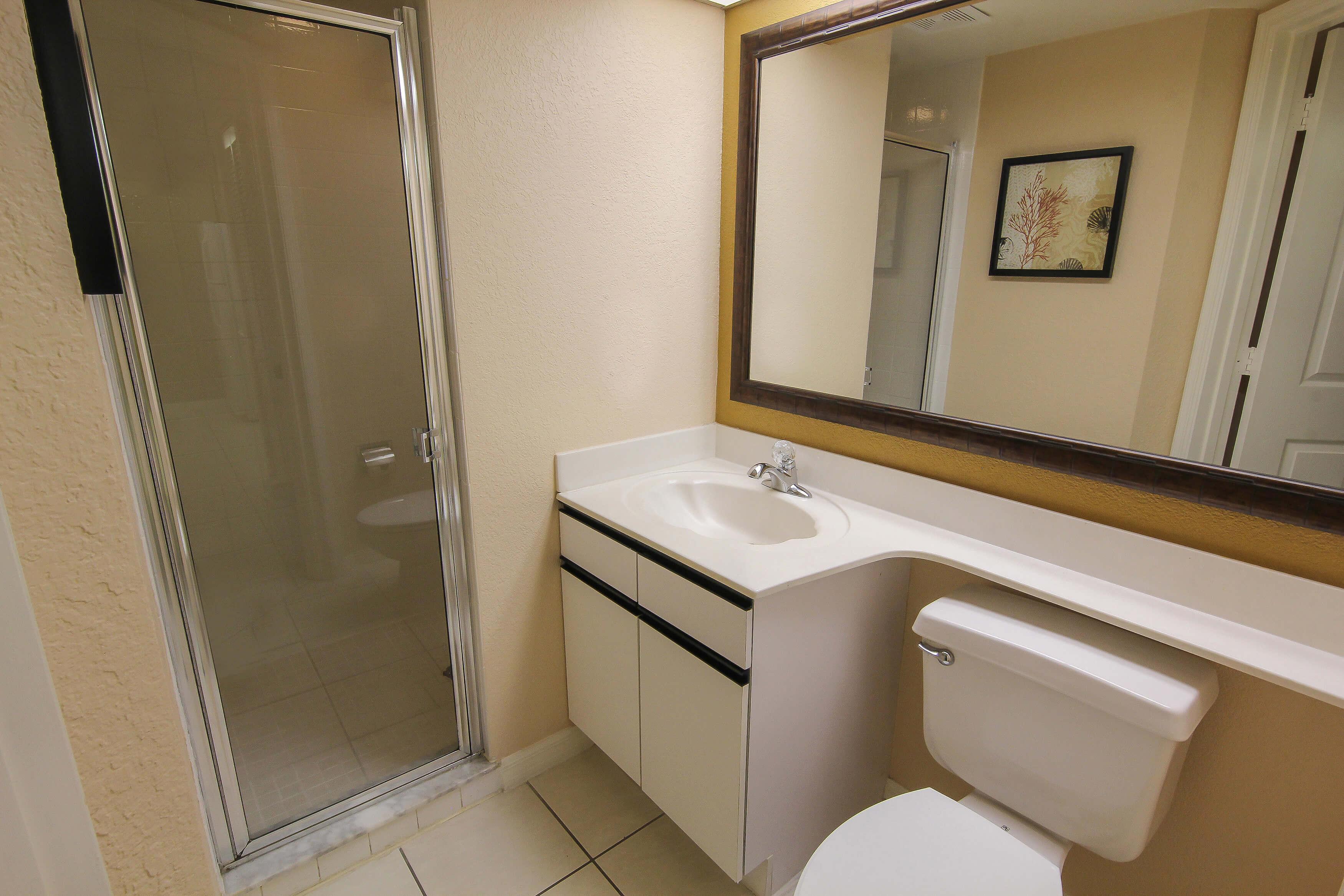 2nd Bathroom in 2 bedroom suite in Orlando, FL | Westgate Vacation Villas Resort & Spa | Orlando, FL | Westgate Resorts