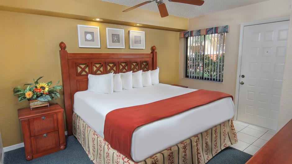 King bed in 2 bedroom suite in Orlando, FL   Westgate Vacation Villas Resort & Spa   Orlando, FL   Westgate Resorts