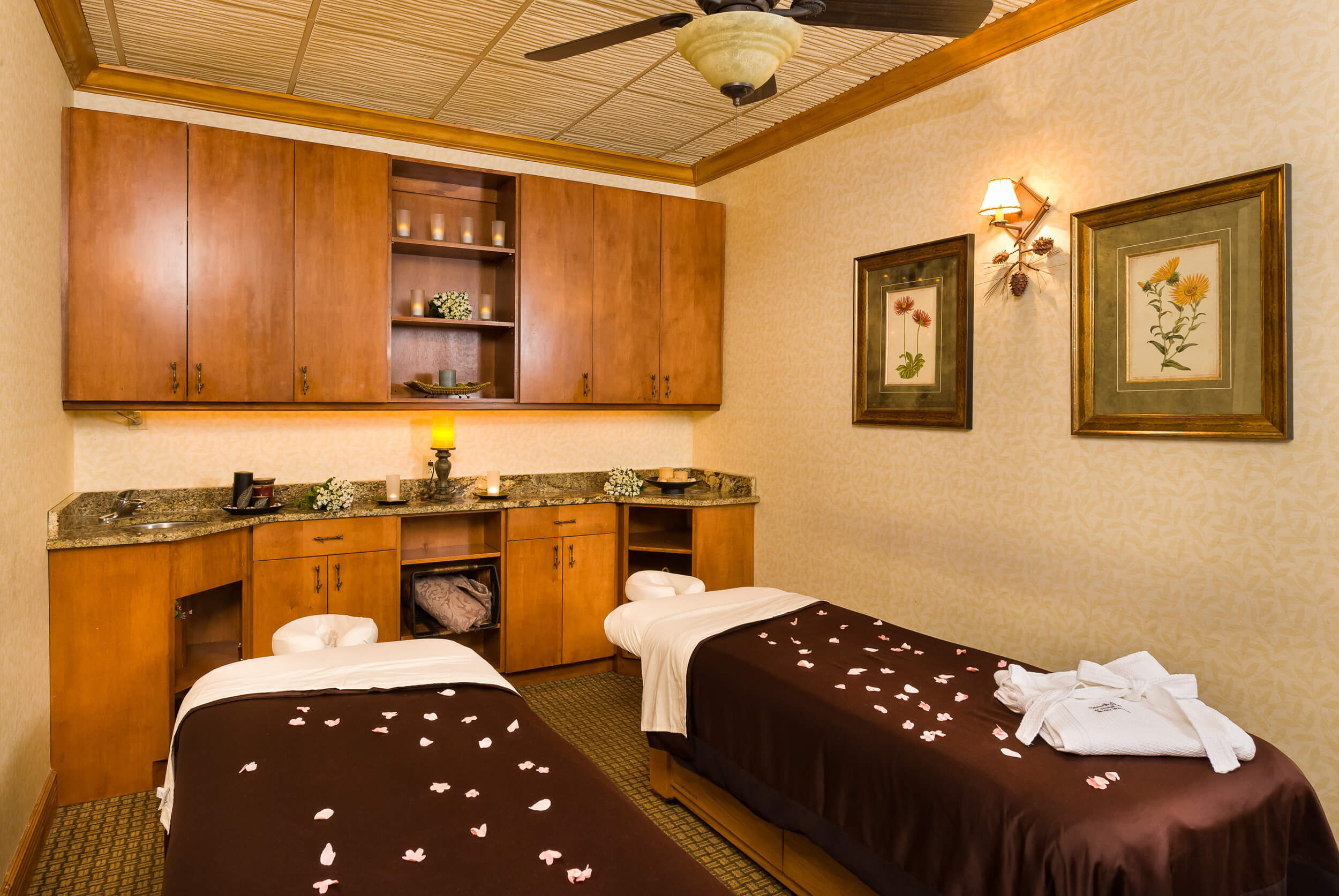 Spa treatment room at Serenity Spa by Westgate | Westgate Smoky Mountain Resort & Spa