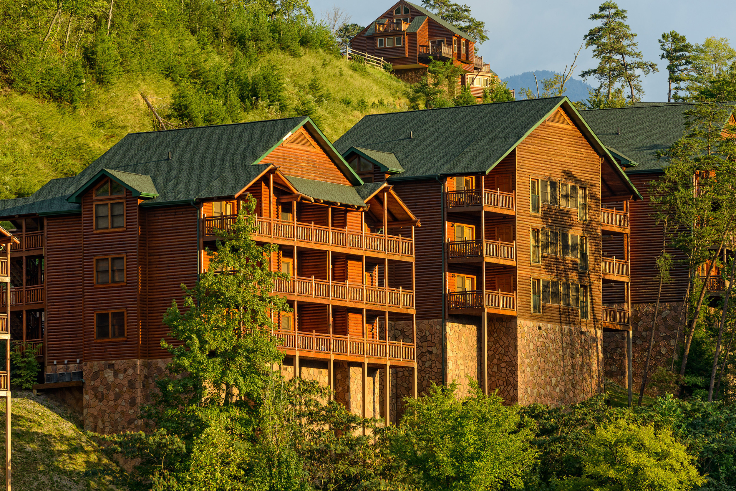 Resort building nestled within Smokies | Westgate Smoky Mountain Resort & Spa