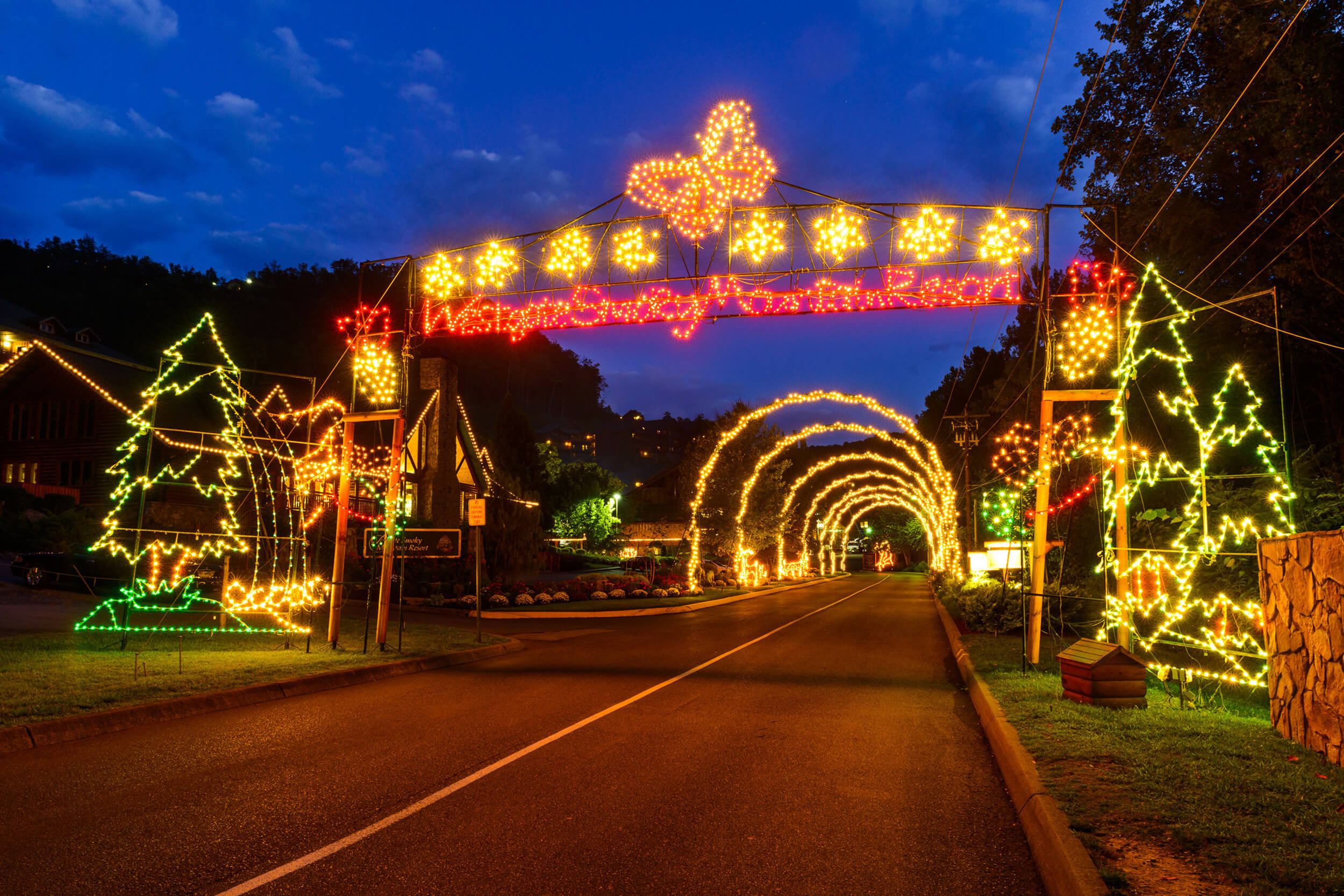 Resort entrance lit up for winter holidays | Westgate Smoky Mountain Resort & Spa