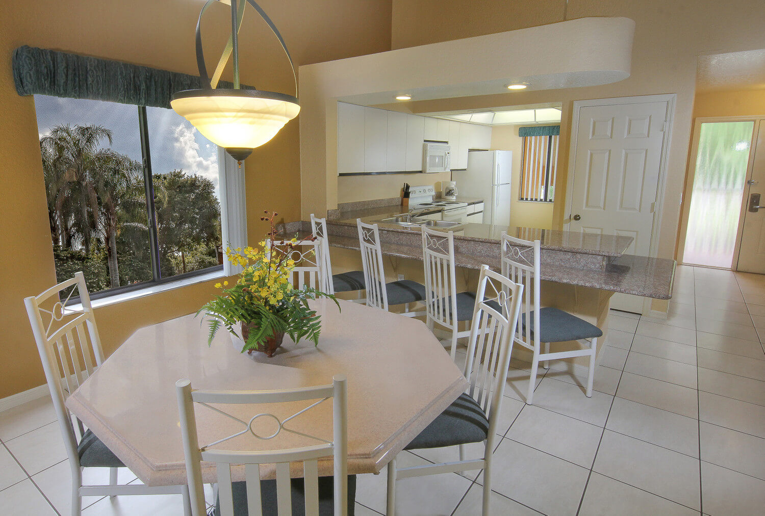 Two Bedroom Villa With Loft Dining And Kitchen Area Westgate Vacation Villas Resort