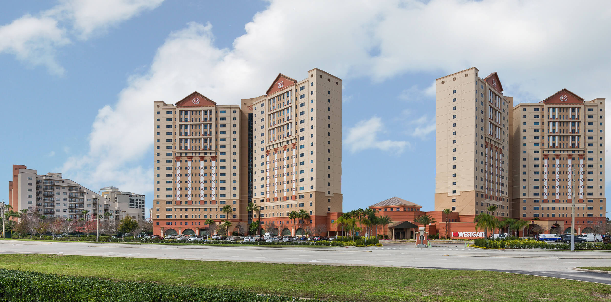 Two-Tower Lakeside Resort just off International Drive | Westgate Palace Resort
