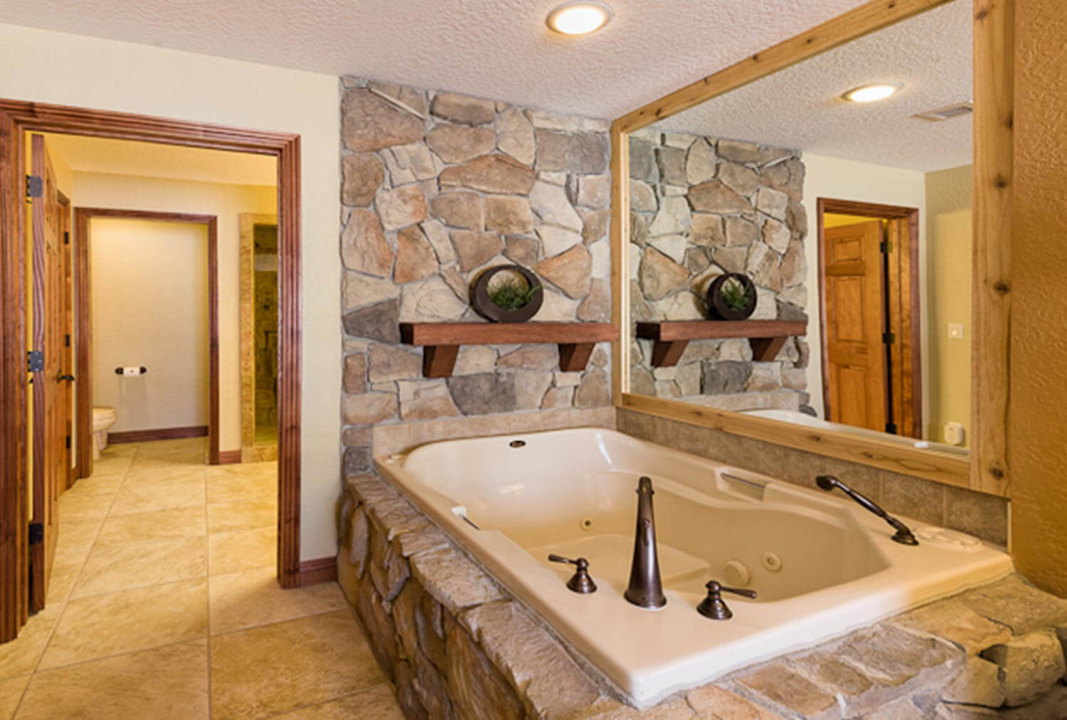 Luxury One-Bedroom Villa Bathtub in our Park City Ski Resort in Utah | Westgate Park City Resort & Spa | Westgate Resorts