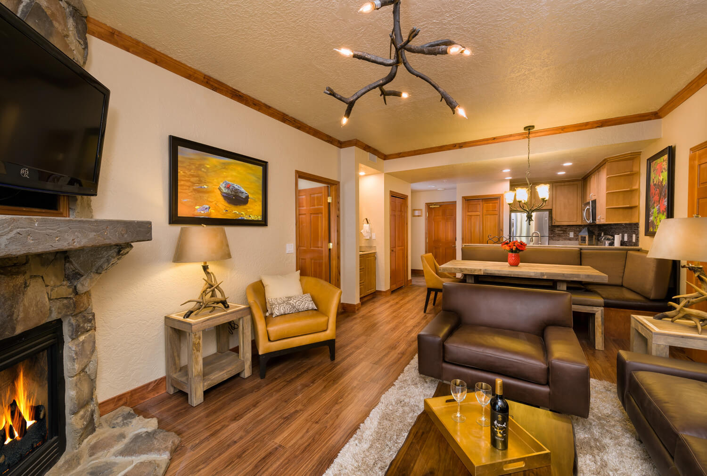 One Bedroom Balcony Suite Signature Westgate Park City Utah Ski Resort One Bedroom Villa
