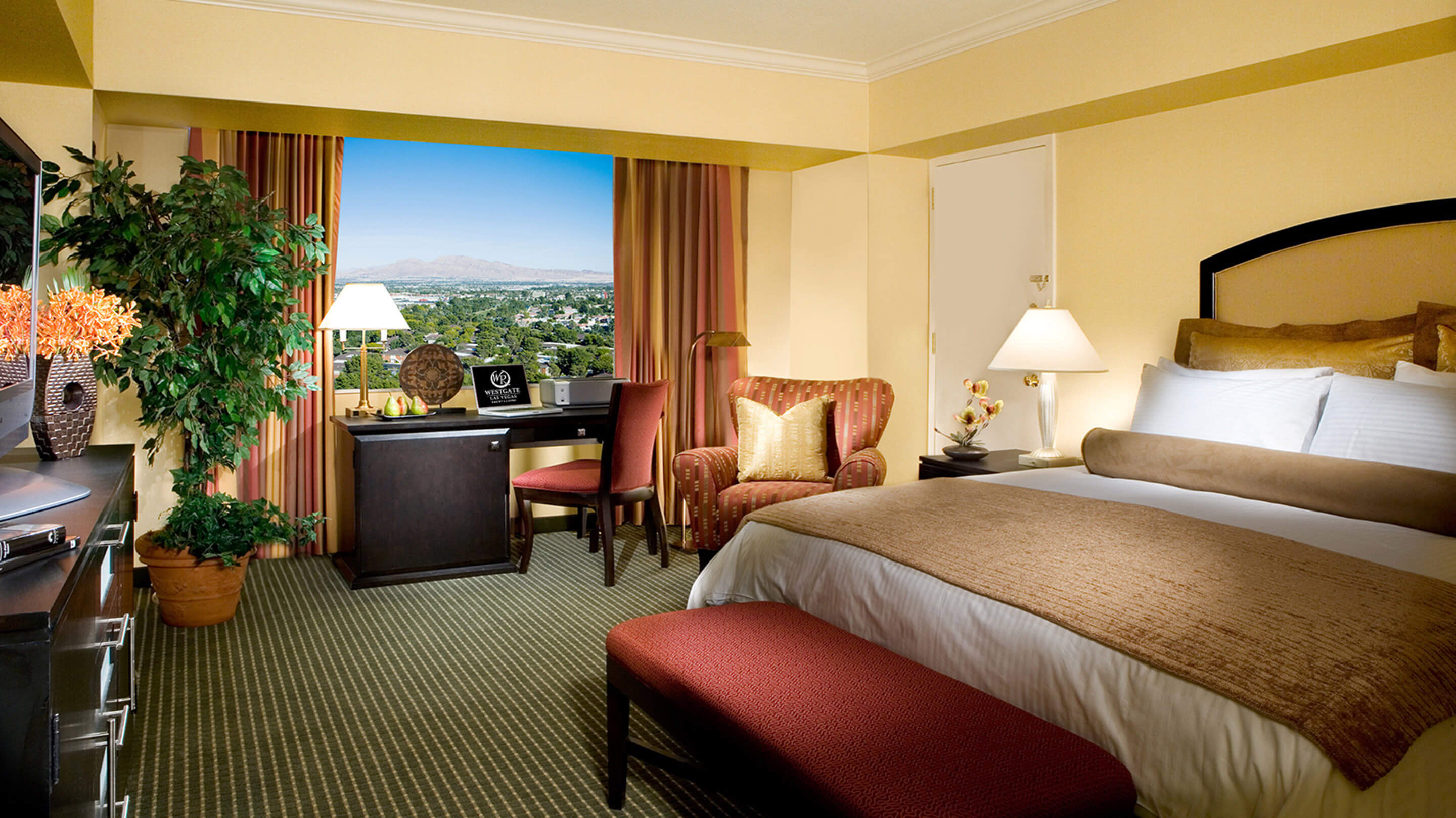 Las Vegas Hotels Suites 3 Bedroom Westgate Hotel In Las Vegas Offers Spacious Accommodations