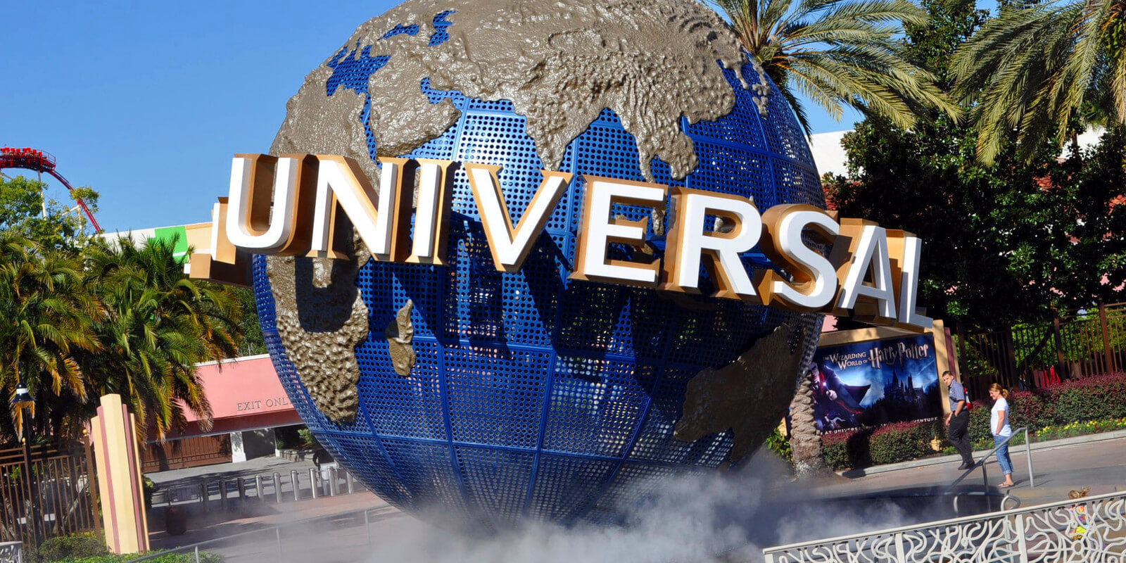 Resorts And Hotels In Orlando Florida Sign Front Of Universal Resort Westgate