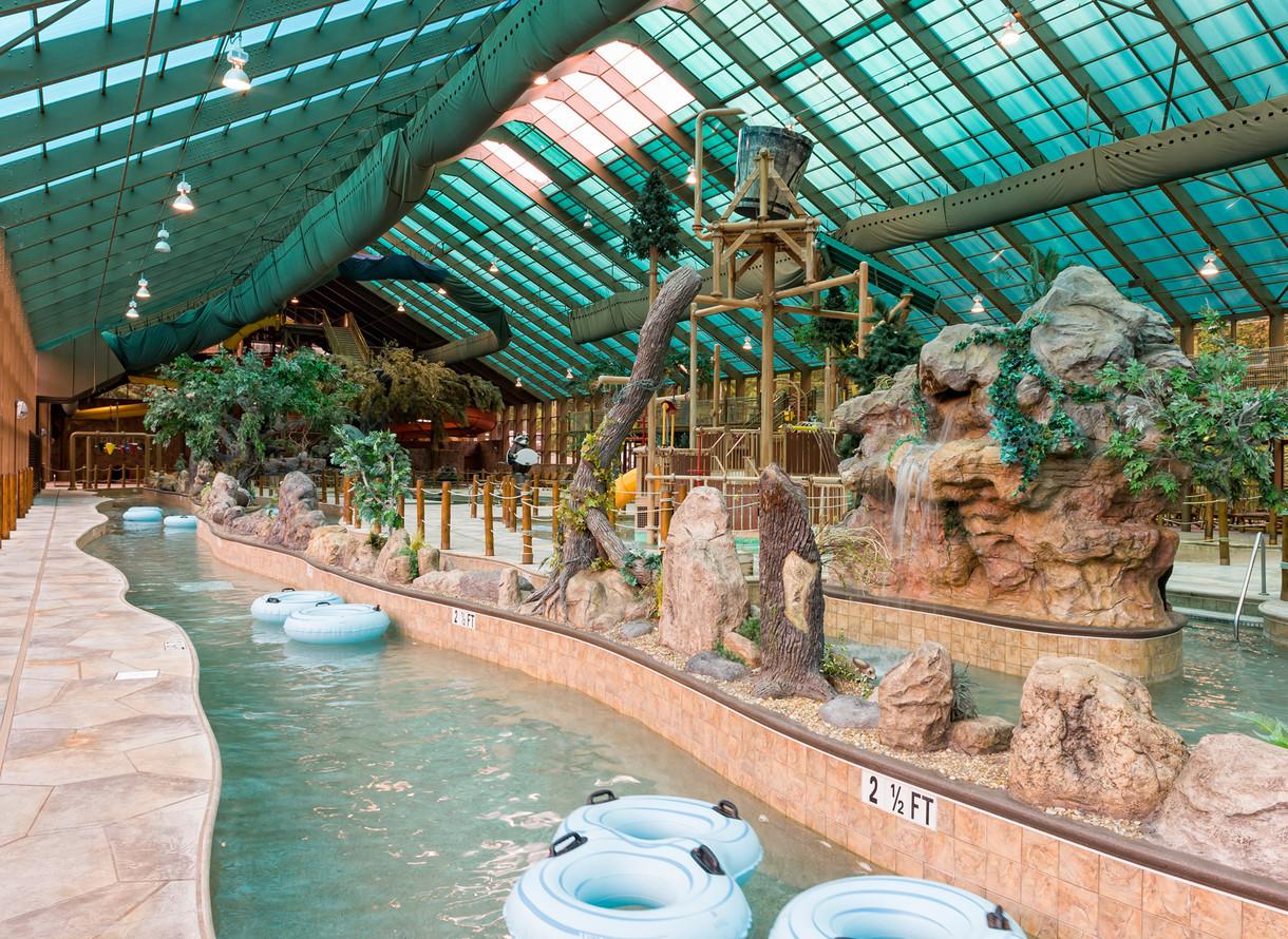 Wild Bear Falls Waterparks In Tn Indoor Water Park Resorts Westgate Smoky Mountain Resort