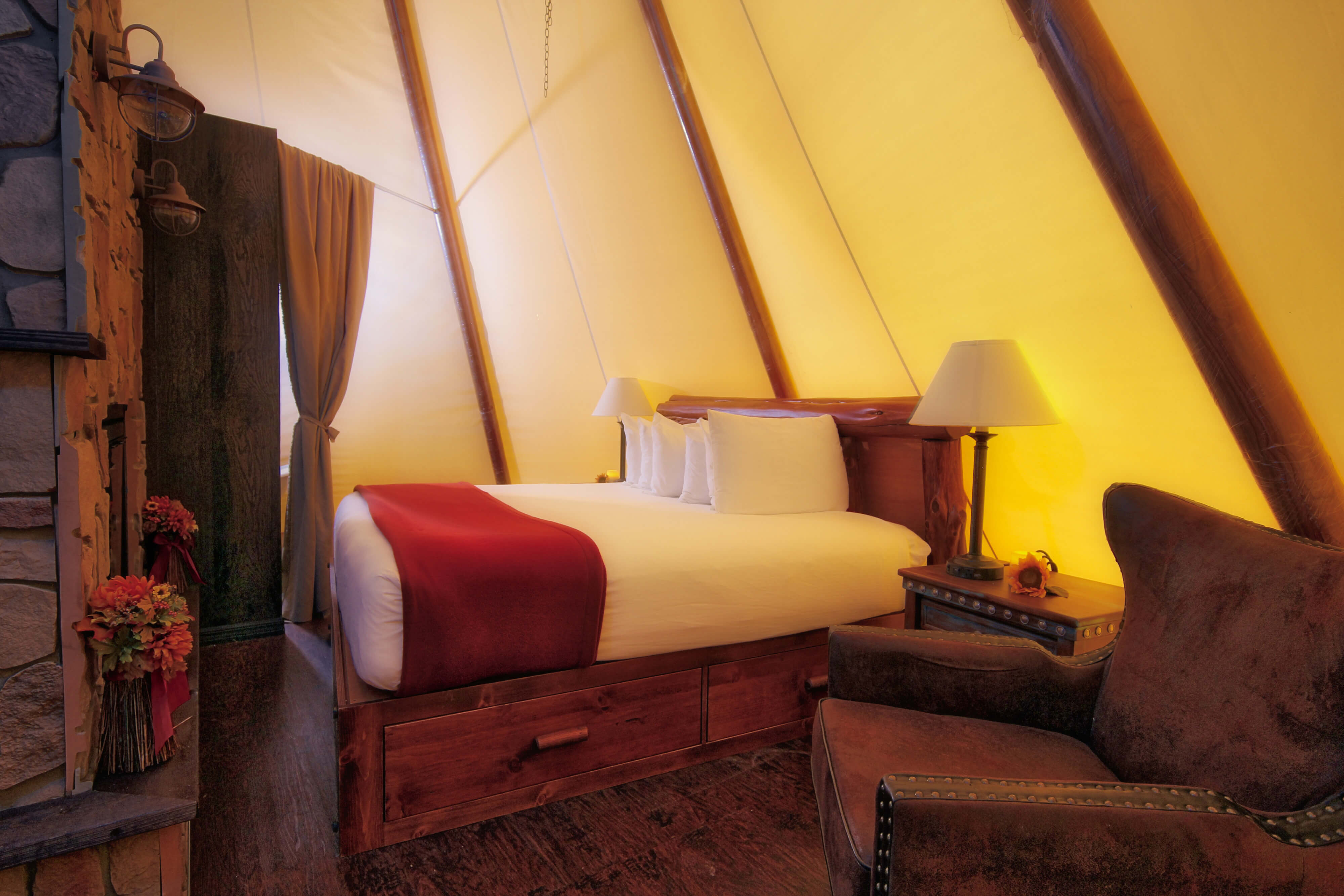 Luxe Teepee with King Bed | Westgate River Ranch Resort & Rodeo