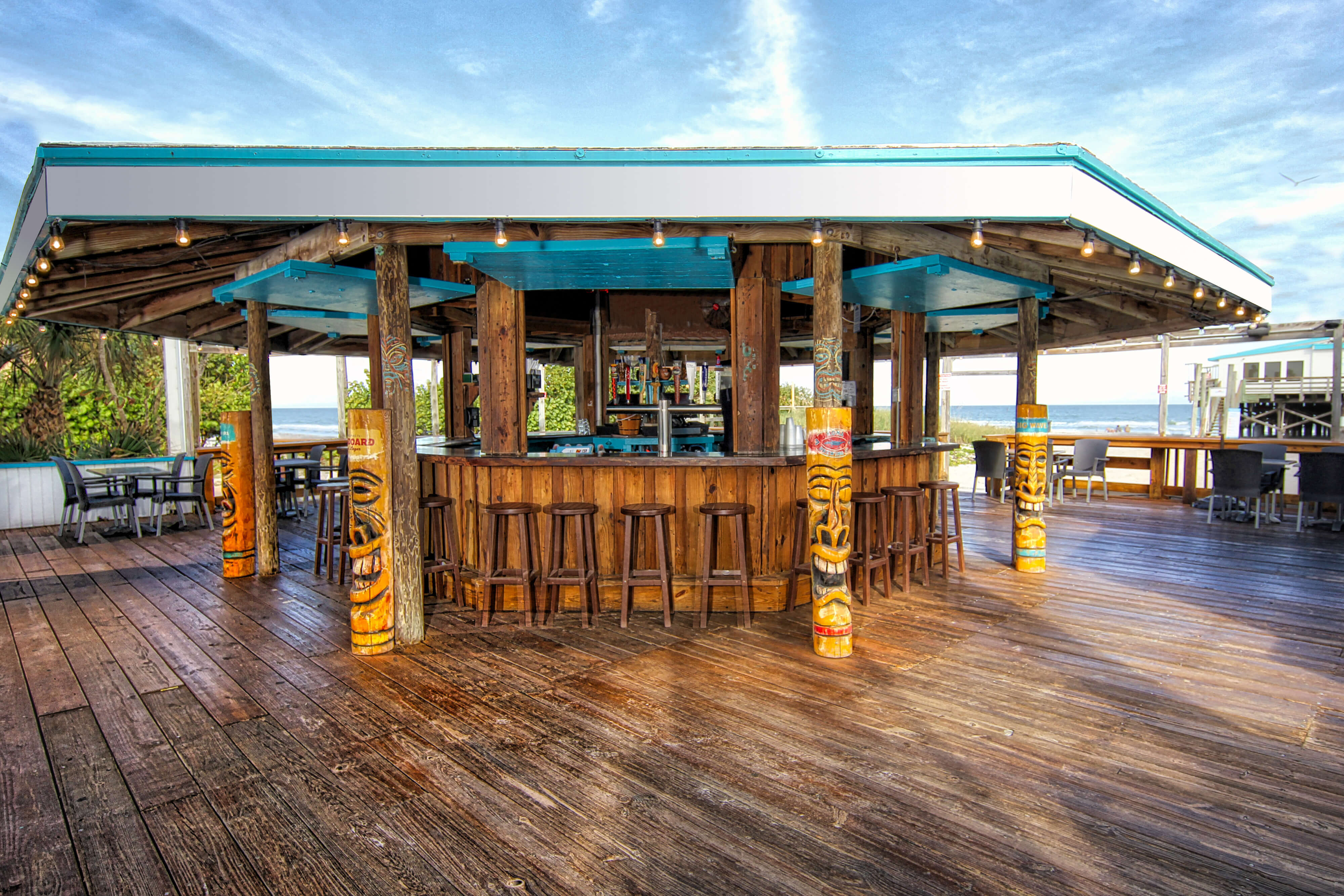 Keith's Oyster Bar Cocoa Beach Pier near our Cocoa Beach Suites Hotel | Wakulla Suites A Westgate Resort | Westgate Cocoa Beach Resorts