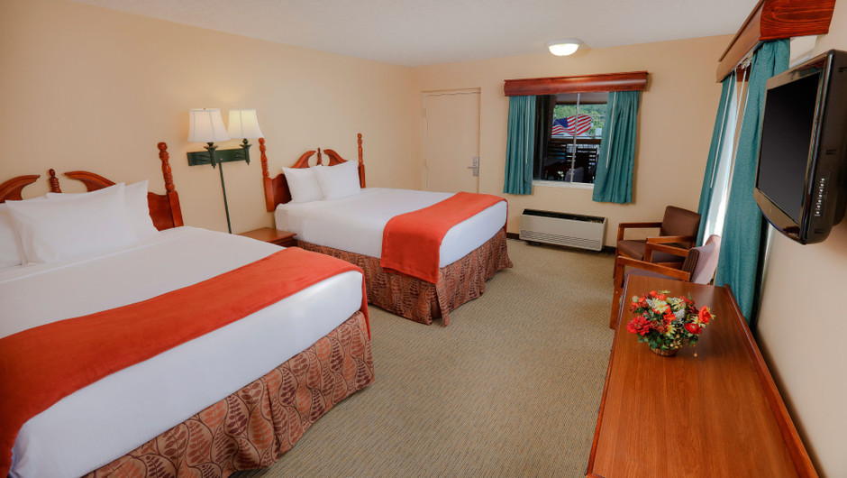 Double Queen Guestroom at one of our Pigeon Forge Resorts   Wild Bear Inn   Westgate Resorts in the Smoky Mountains